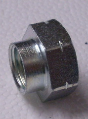 Screw stroke nut right side for all steering knuckle