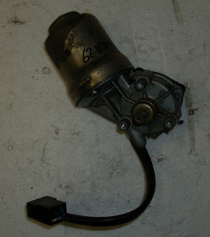 Windscreen wiper motor, used