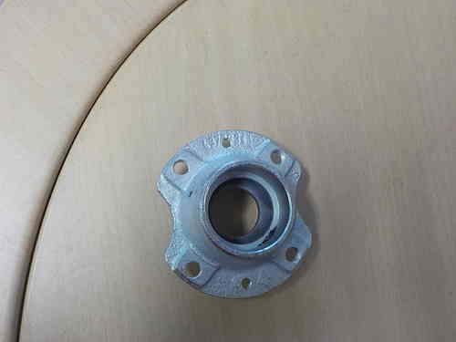 Hub of the wheel with bearing - NEW - 126